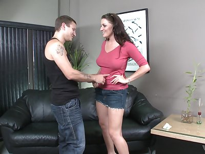 Piper Austin adores when stranger cum on her tits after rough sex