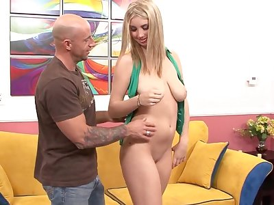 After a blowjob Oklahoma gets her tiny pussy pounded by her lover