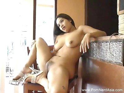 Natural Hairy Pussy Thai Teen Masturbates With Dildo