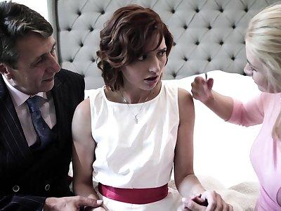Pretty shy bride Elena Koshka has to suck strong beamy blarney damn great