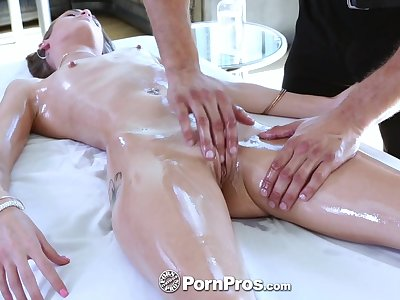 Nude massage with slender cowgirl Kacy Lane includes some good BJ